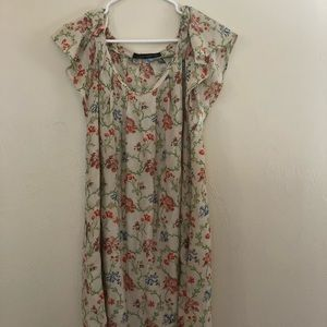White Floral Flutter sleeve dress Zara M
